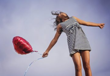 girl-and-balloon--360x250.jpg