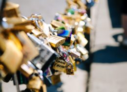 love-LOCKS.600488_960_720-260x188.jpg